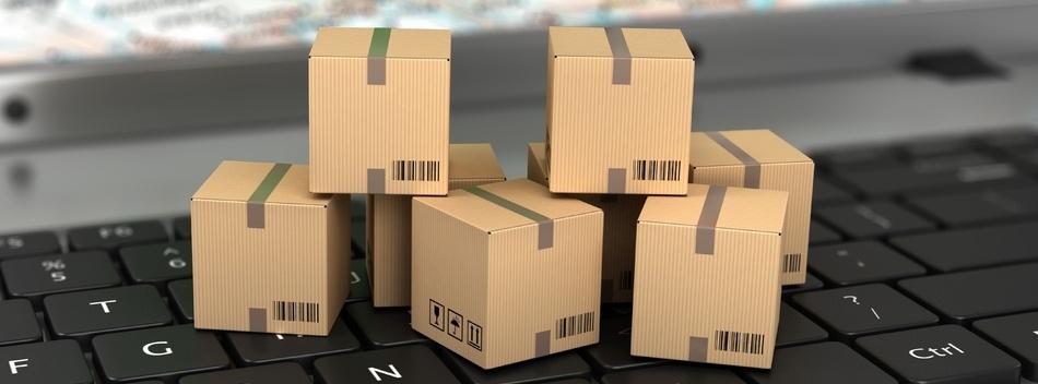 logistics-ecommerce-boxes-on-keyboard-400067-edited.jpg